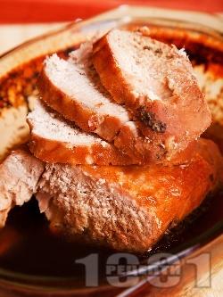 Крехко свинско месо от плешка печено с бира на фурна в йенска тава / тенджера / стъкло - снимка на рецептата
